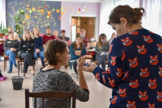 """Рассказали Радио России о нашем проекте по сопровождению семей, воспитывающих детей с тяжёлыми нарушениями развития """"Счастье-когда тебя понимают"""